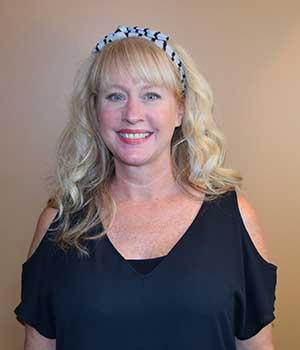 Claudia Dixon